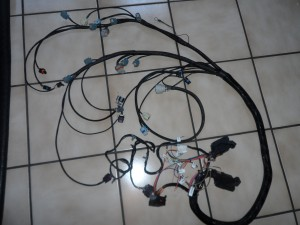 s228813209459922041_p3_i1_w300 ls engine harness throttle body wire harness at bakdesigns.co